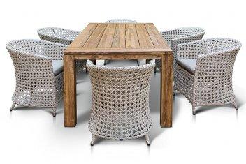 Плетеная обеденная мебель